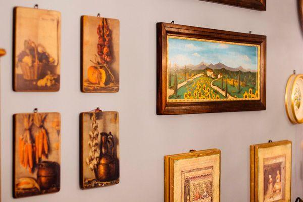 Картины и медальоны