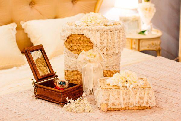 Сундуки, корзины и шкатулки