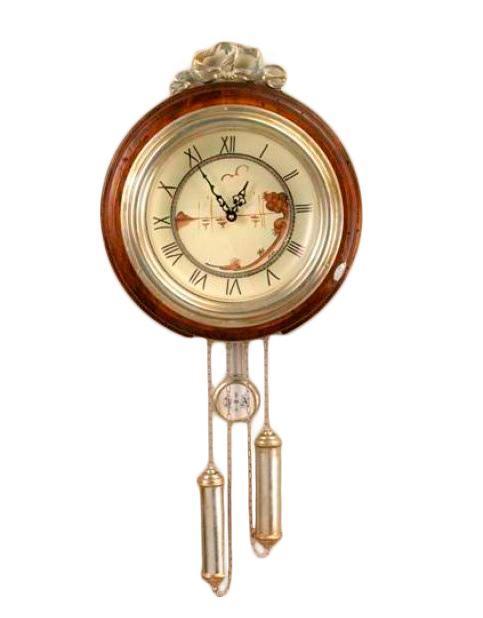 Часы настенные из антикварного дерева