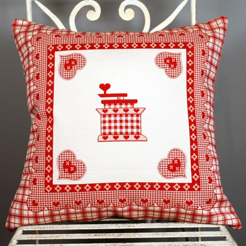 Наволочка для подушки на кухню с изображением кофемолки