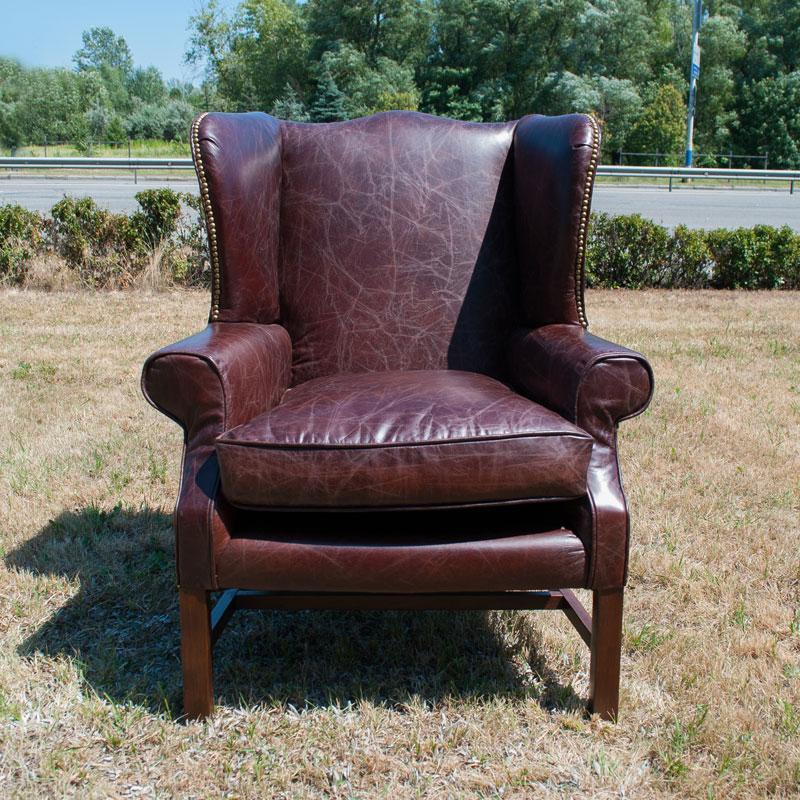 Кресло из натуральной кожи Downing