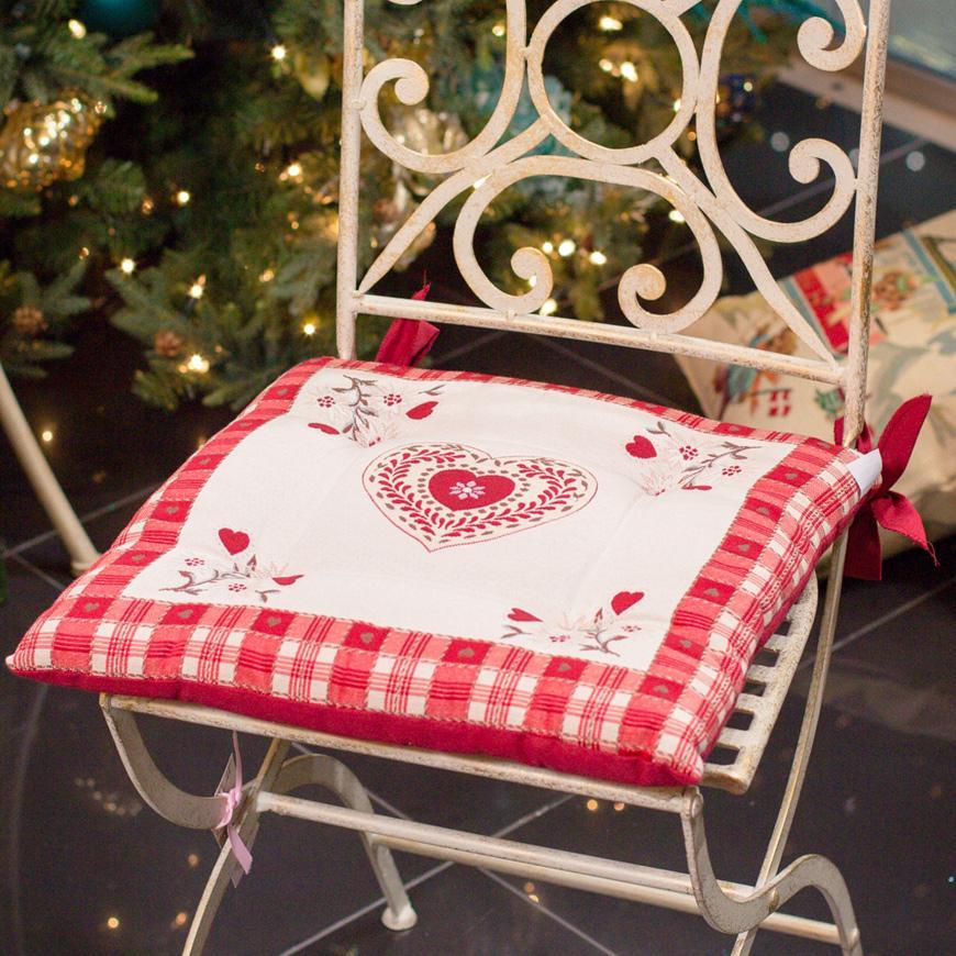 """Подушка для стула """"Сердечные поздравления"""""""