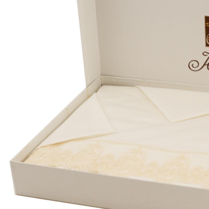 Комплект скатерть и 12 салфеток Scalea