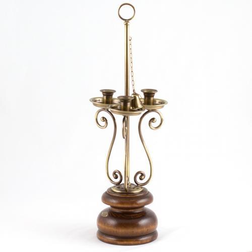 Подсвечник на три свечи с элегантным дизайном - фото