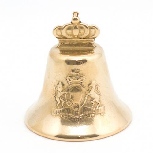 Настольный колокольчик в антикварном стиле, декорированный короной и гербом - фото