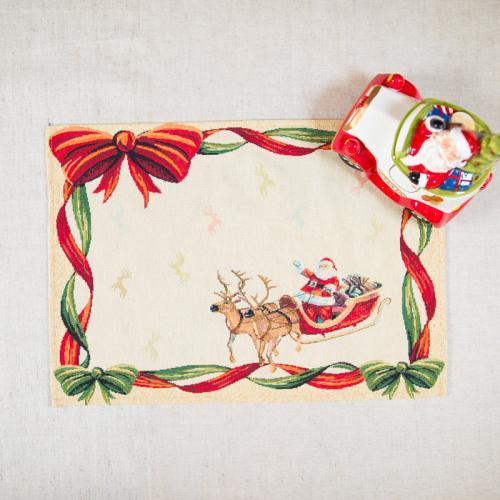 "Гобеленовая салфетка ""Санта на санях"" - фото"