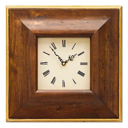 Часы в деревянной раме - фото