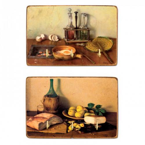 Крючки для полотенец на доске из искусственно состаренного дерева с декором из принтованных картин - фото