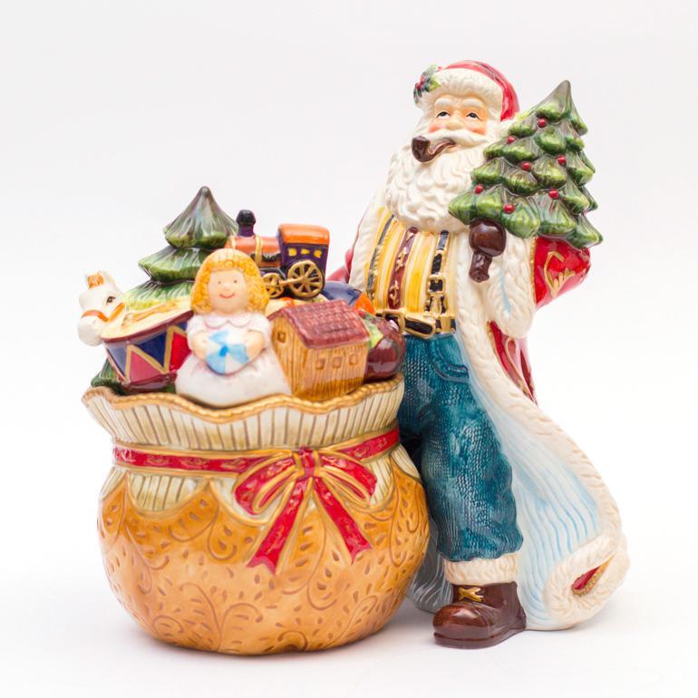Санта со шкатулкой - фото