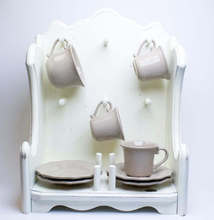 Полочка для чашек - фото