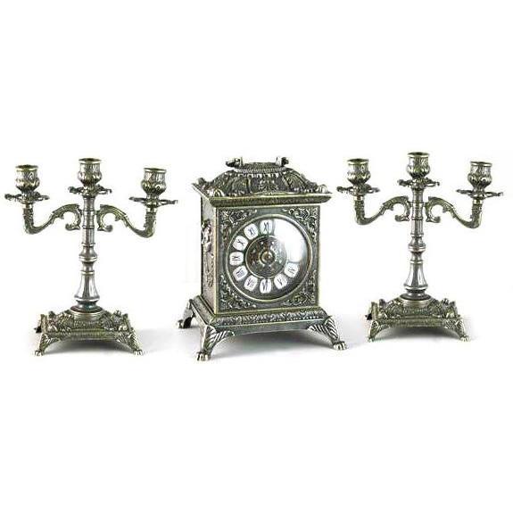 Набор каминные часы и два подсвечника - фото