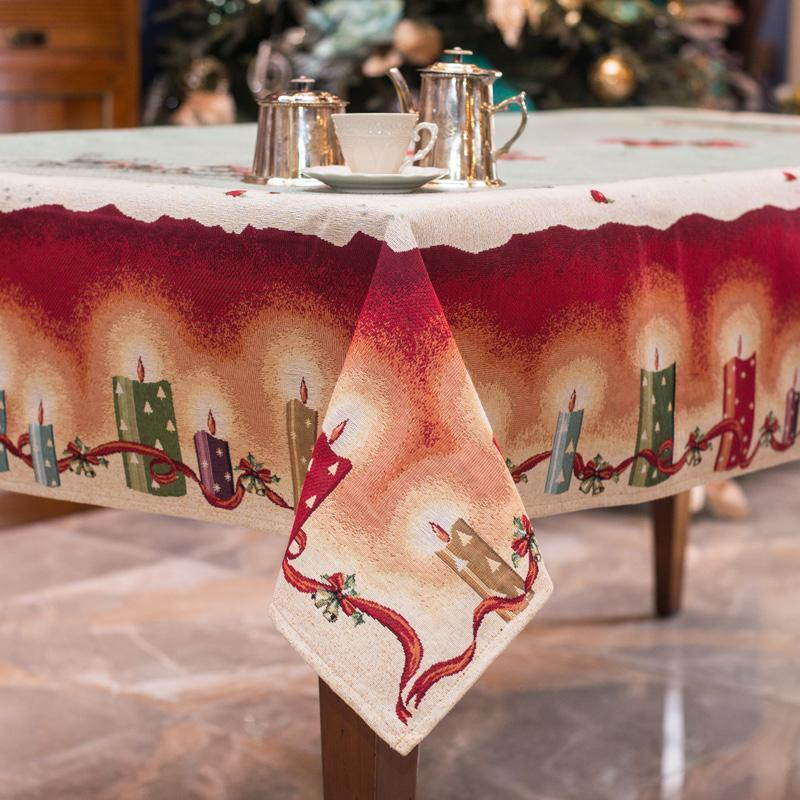 """Новогодняя гобеленовая скатерть с зеленым фоном """"Рождество""""  - фото"""