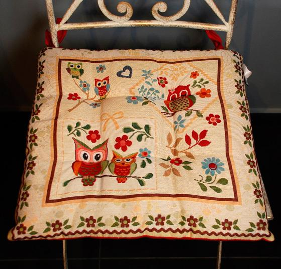 """Гобеленовая подушка для сидения """"Мудрая сова"""" - фото"""