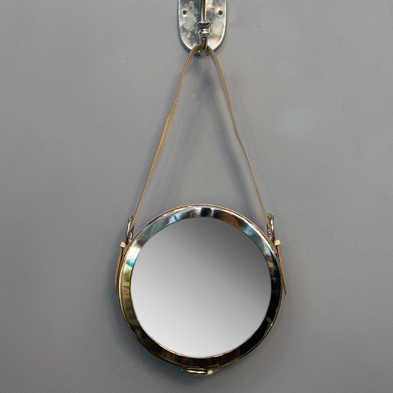 Зеркало настенное из латуни с кожаным ремешком HazenKamp