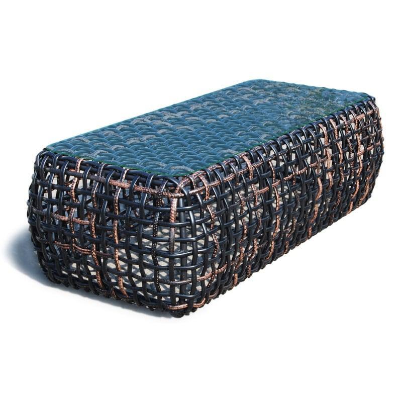 Столик журнальный из ротанга ручного плетения Dynasty