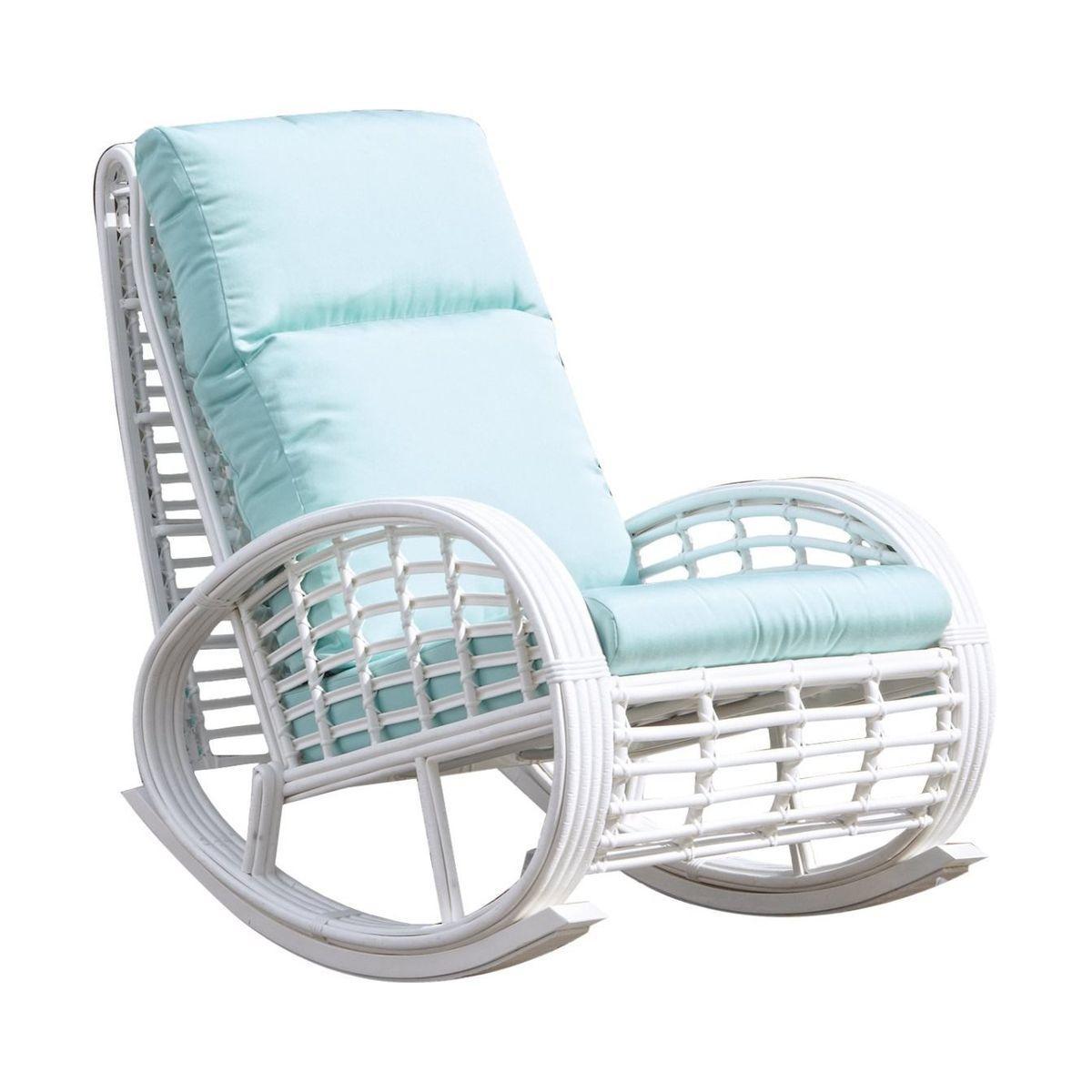 Балконное кресло-качалка из белого ротанга Taurus