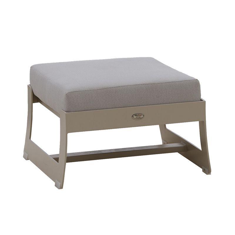 Бежевый пуф с мягкой подушкой Rhone