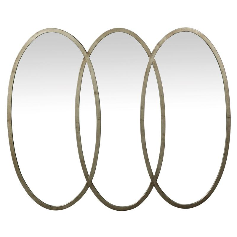 Зеркало овальное фигурное в металлическом обрамлении