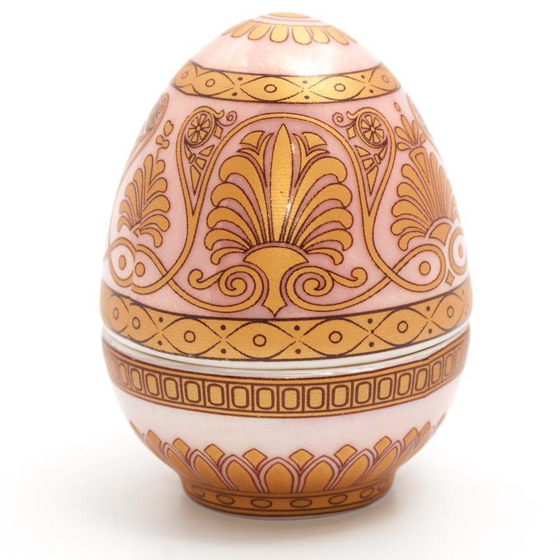 Шкатулка-яйцо с орнаментом