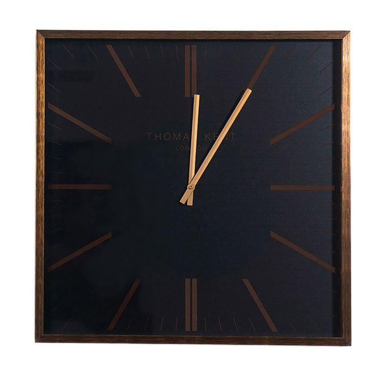 Большие настенные часы в современном дизайне Smithfield Thomas Kent