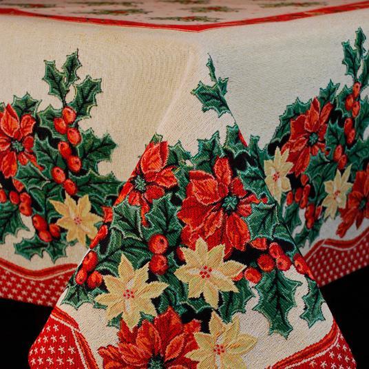 "Новогодняя скатерть с рисунком из пуансеттий ""Зимний цветок"""