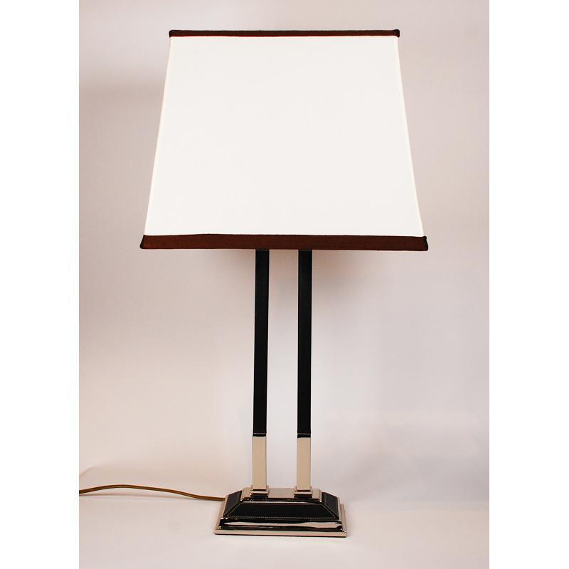 Настольная лампа на металлической стойке Leone Aliotti