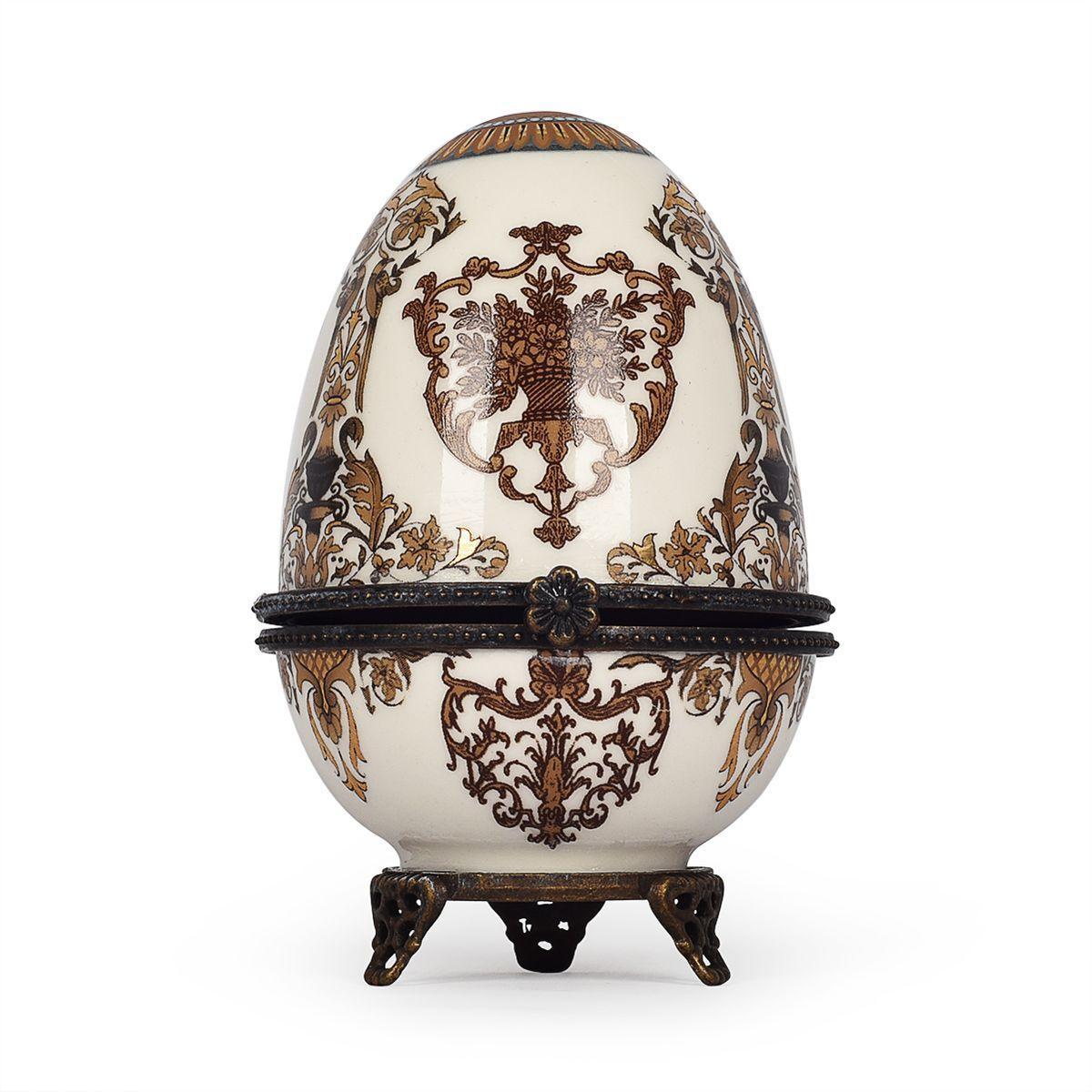 Фарфоровая шкатулка-яйцо с узором из акантовых листьев