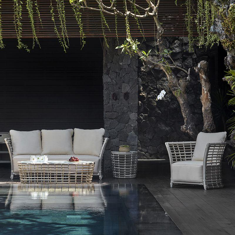 Базовый комплект мебели из белого ротанга Villa White