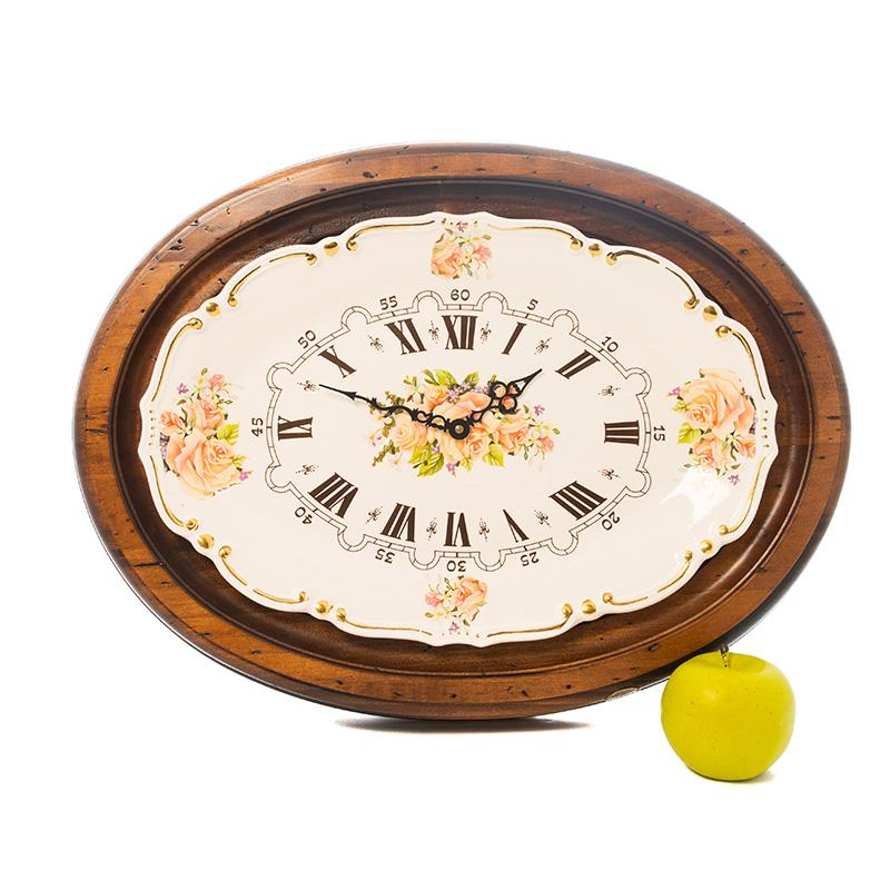Часы настенные из резного дерева в стиле прованс
