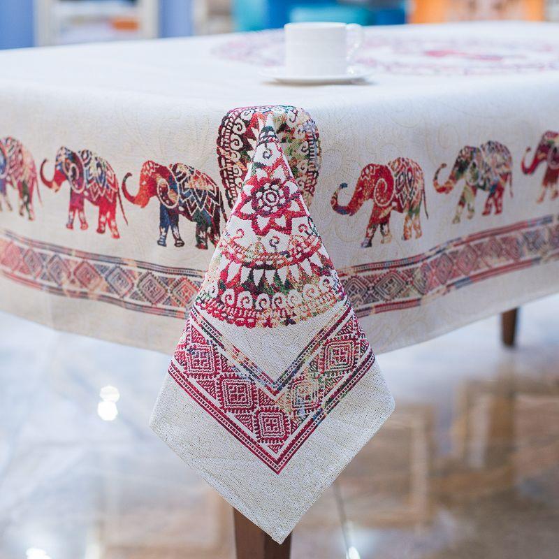 """Скатерть с орнаментом из слонов """"Прогулка по Индии"""""""