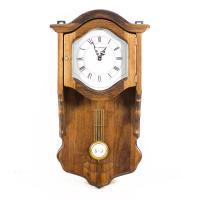 Часы старинные с маятником