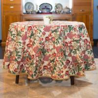 """Гобеленовая скатерть с люрексом на маленький стол """"Новогодняя феерия"""" Villa Grazia Premium"""