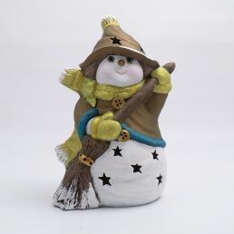 Статуэтка LED «Снеговик в бронзовом колпачке с метлой»