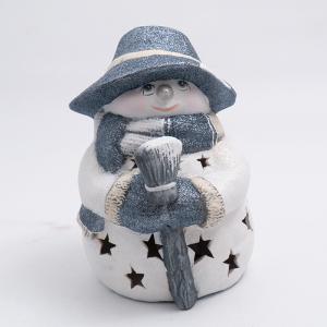 Статуэтка LED «Снеговик в серебристой шляпе с метлой»