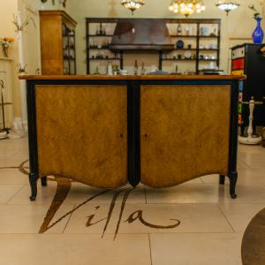 Комод Madison в классическом стиле из натурального дуба с отделкой шпоном