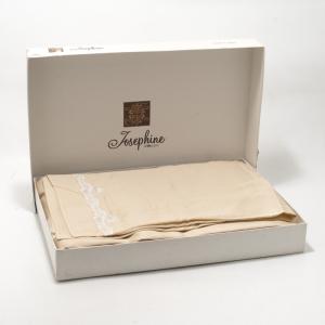 Комплект постельного белья с кружевной отделкой Beige