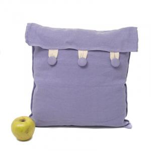Подушка с фиолетовой наволочкой Busatti