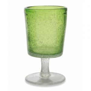 Бокал для вина из яркого зеленого стекла с воздушными пузырьками