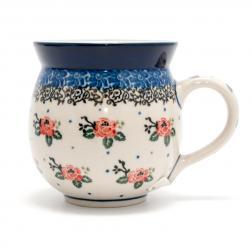 Кружка с цветочным узором и синей каймой