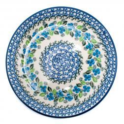 Обеденная тарелка с синим цветочным орнаментом