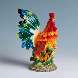 Яркая керамическая статуэтка