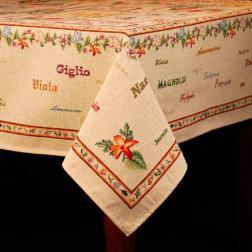 Гобеленовая скатерть с цветочным орнаментом