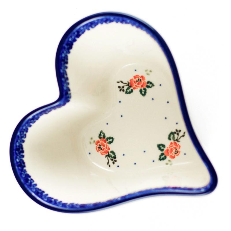Форма для выпечки в виде сердца  - фото