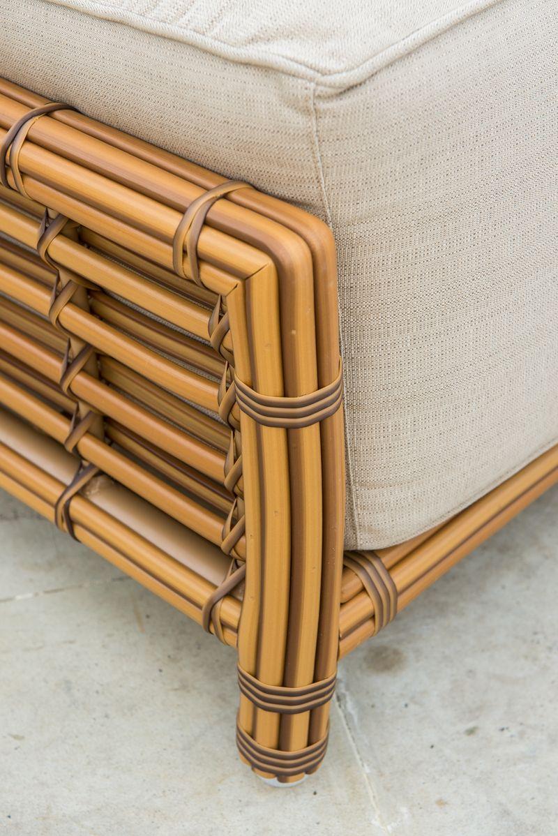 Коричневый пуф из плетеного ротанга с мягкой подушкой Villa Natural Mushroom Skyline Design  - фото