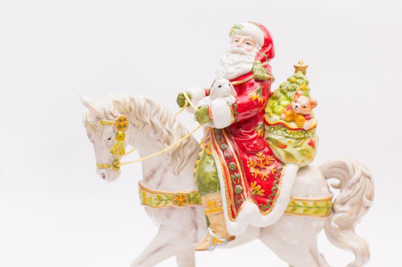 Большая статуэтка Санта на лошади  - фото