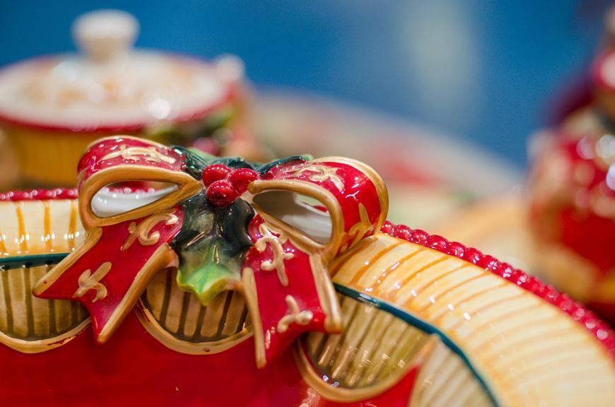 Фруктовница яркая новогодняя керамическая  - фото