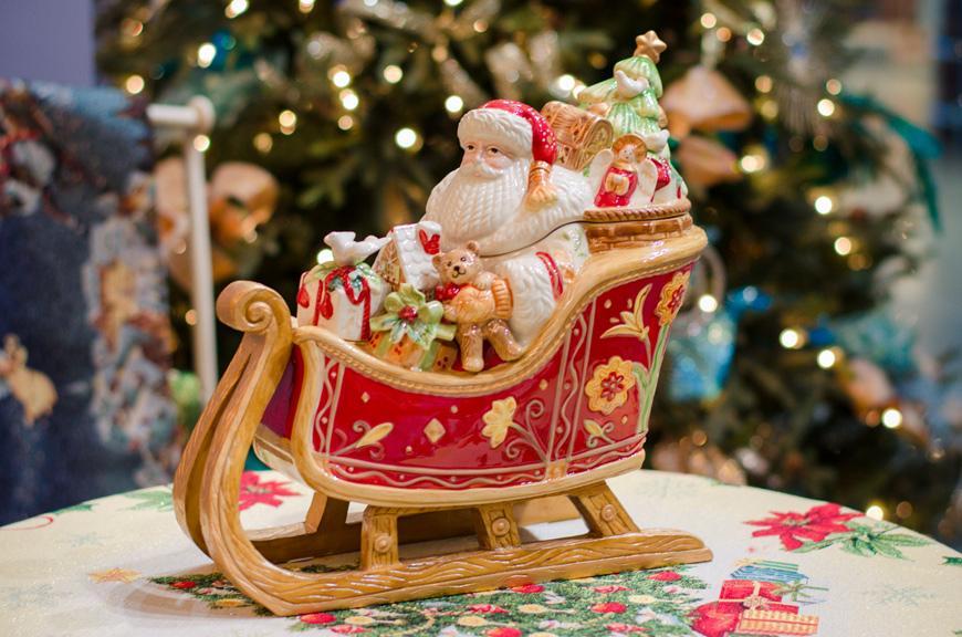 """Бисквитник емкость для хранения печенья и сладостей """"Дед Мороз в санях""""  - фото"""