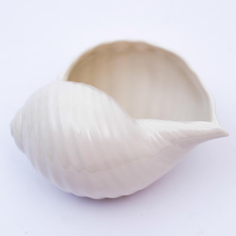 Статуэтка-ракушка  - фото