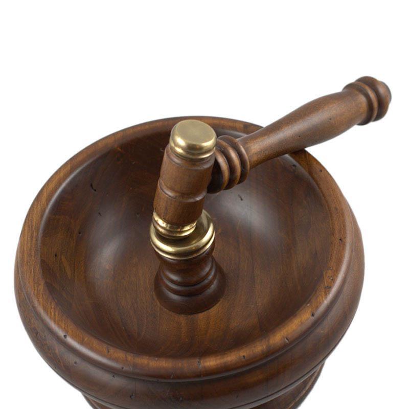 Орешница деревянная с молоточком для колки Capanni  - фото
