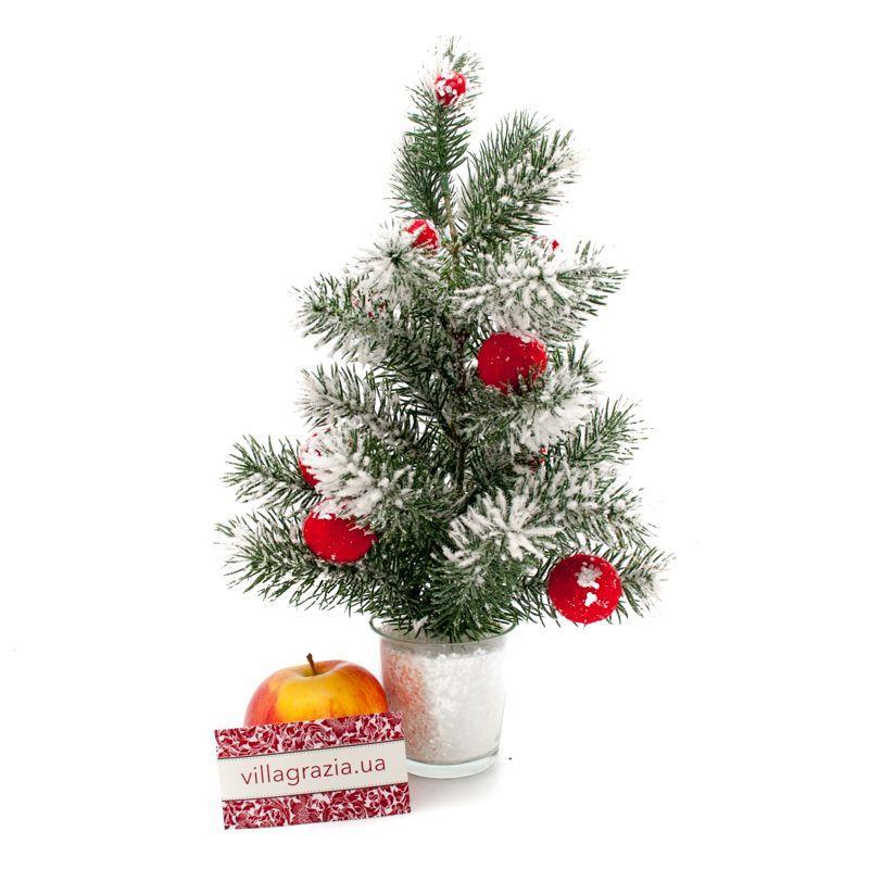 Маленькая декоративная елка  - фото